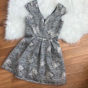 NWOT Brocade Cap Sleeve Dress Sz Small